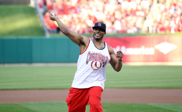 Photos Nelly Night At St Louis Cardinals Game