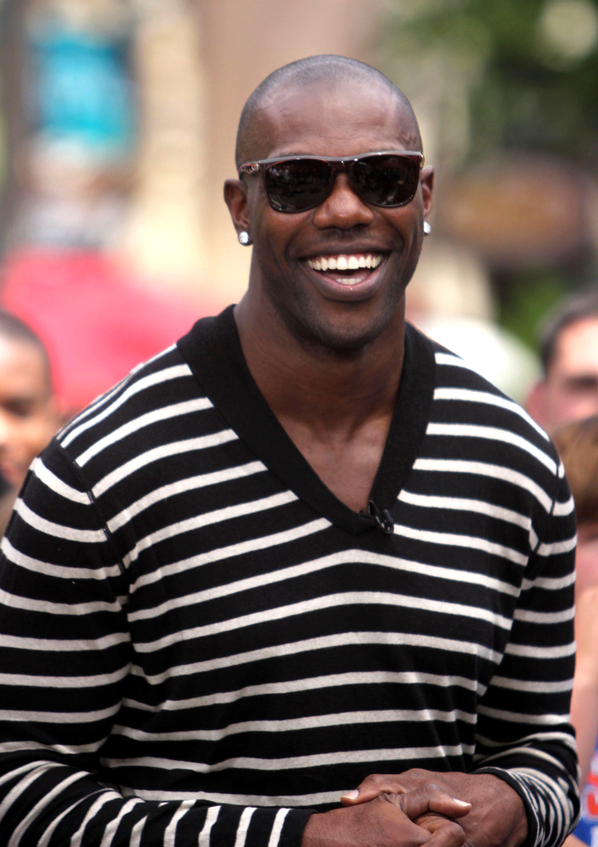 terrell owens Terrell owens, who wasn't present when pro football's 2018 hall of fame class was revealed at super bowl, has selected former coach to be presenter.