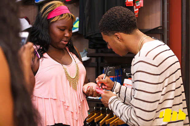 diggy-simmons-trevor-jackson-in-store-shoe-city-14