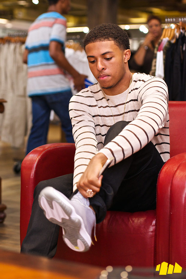 diggy-simmons-trevor-jackson-in-store-shoe-city-3