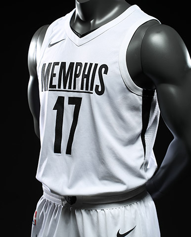 d63671471 The Memphis Grizzlies are set to play the Los Angeles Lakers today in a  national televised game. The Grind House will be full of Grizzlies fans in  support ...